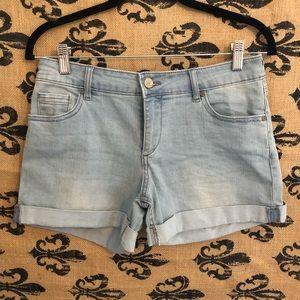 {Ny&Co} Light Wash Denim Shorts